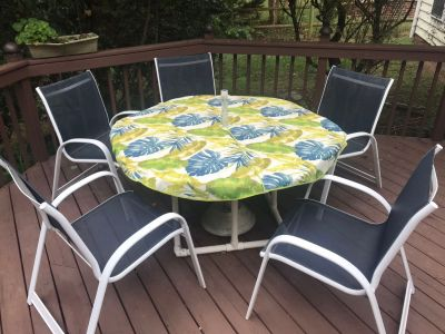 Outdoor table, chairs, table cloth, umbrella stand