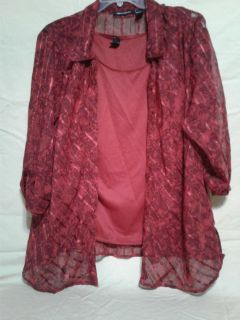 Women's l/S blouse with built in shell. Size 3X. Meet in Angleton.