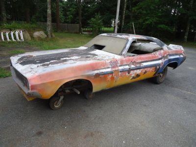 Kushi & Flynn Yankee Peddler 1971 Dodge Challenger Body