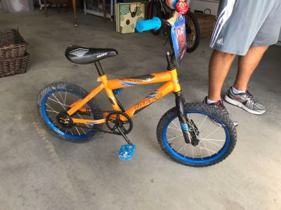 Kid s 16 inch HUFFY bike.