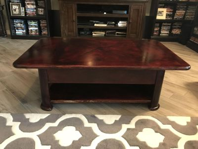 Lifttop coffee table and end table