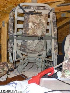 For Sale: Summit Treestand