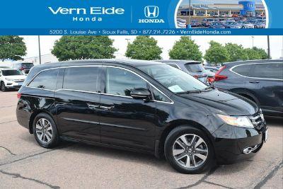 2015 Honda Odyssey Touring (black ea)