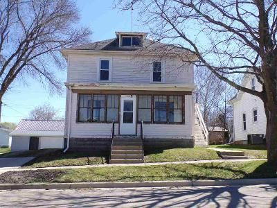 3 Bed 2 Bath Foreclosure Property in Cambria, WI 53923 - State St