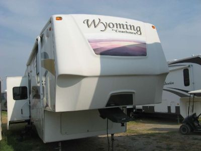 2008 Coachmen Wyoming 332RLTS