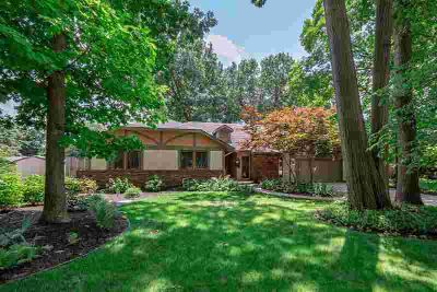 768 River Pointe Place MISHAWAKA Five BR, Must see this gem to
