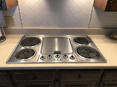 Thermador cooktop stove