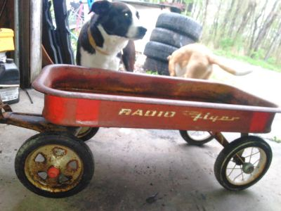 Antique radio flyer wagon in absolutely beautiful condition