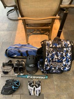 Boombah Bat Bag with accessories