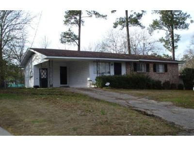 3 Bed 1 Bath Foreclosure Property in Hattiesburg, MS 39401 - Montrose Ave