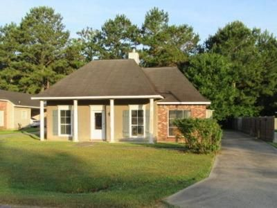 3 Bed 2 Bath Foreclosure Property in Greenwell Springs, LA 70739 - Overwood Dr