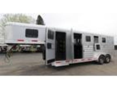2019 Exiss 7400 Easy Care Floor Large Tack 4 horses