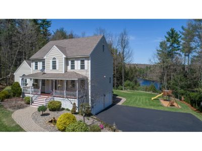 280 Harantis Lake Road Chester NH For Sale