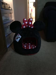 Brand New Minnie Dog Bed with Tags