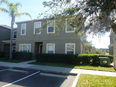 4 bedroom in Wesley Chapel