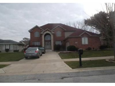 3 Bed 2.5 Bath Foreclosure Property in Richton Park, IL 60471 - Meadow Lake Dr