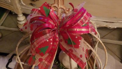 Rustic burlap holiday bow...$12