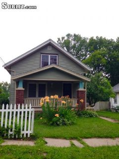 $695 2 single-family home in Winnebago County
