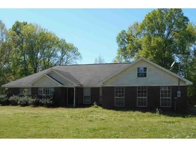 3 Bed 2 Bath Foreclosure Property in Pontotoc, MS 38863 - Bryer Ridge Road