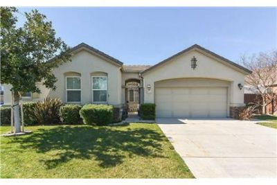Single Story Home-Manteca CA
