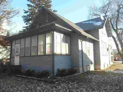 331 Grove Street Stewart Three BR, Here's your opportunity for a