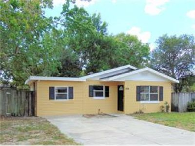 Cute 3 Bedroom 1 bath home with a large workshop