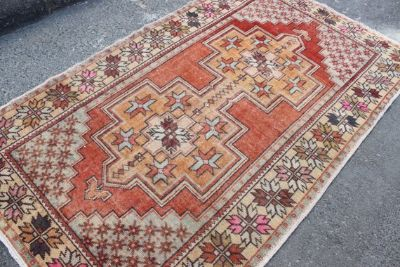 Gorgeous One-of-a-Kind Vintage Rug 8'1''x4'5''