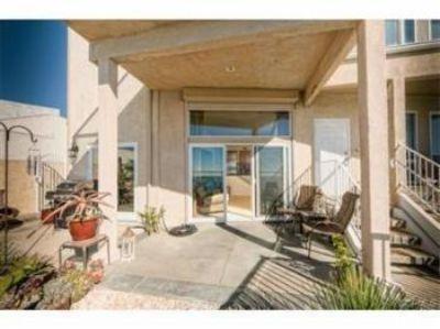 $3,590, 2br, Ocean Front 2 Bedroom Condo