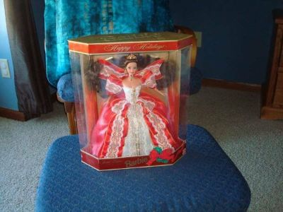 1997 NEW in Original Box Special Edition Happy Holidays Barbie Mattel