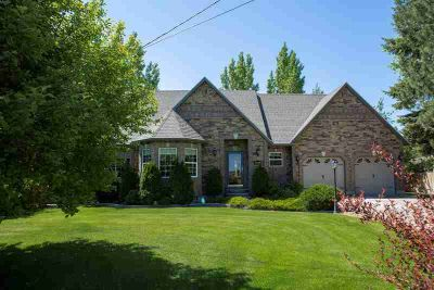 1940 Cromwell Lane BLACKFOOT Five BR, Beautiful Home with an