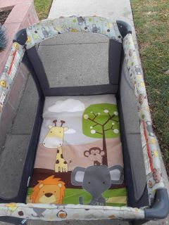 Slightly used play pen