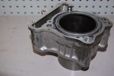 Sell S58 Suzuki SV650 SV 650 S SV650S 2004 Rear Cylinder Block Bore motorcycle in Ann Arbor, Michigan, US, for US $99.00