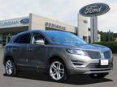 "2017 Lincoln MKC Reserve Climate Pkg, 19"" Wheels"