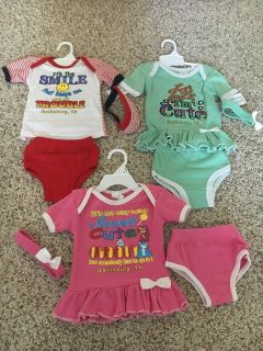 Baby girl clothes brand new with tags on it 3-9 months