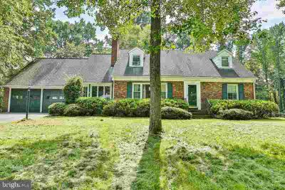 1191 Hammond Ln ODENTON Four BR, Classic Cape Cod on Wooded Full
