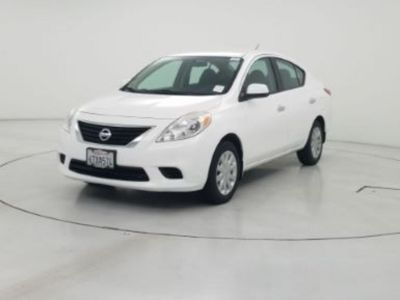 2012 Nissan Versa 1.6 S (White)