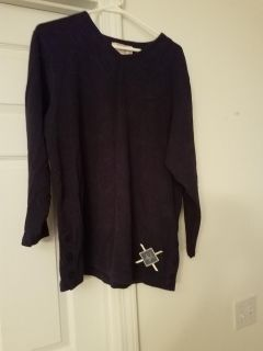 LARGE, BECHAMEL, SOFT NAVY BLUE TOP, EXCELLENT CONDITION, SMOKE FREE HOUSE
