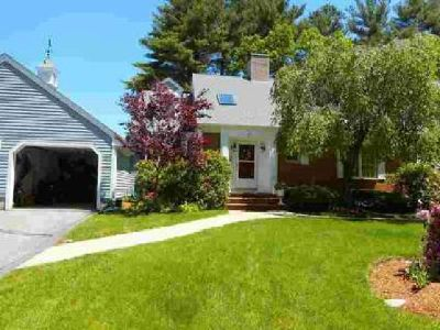 71 Fuller Pond Rd #71 Middleton Three BR, welcome home to a slice