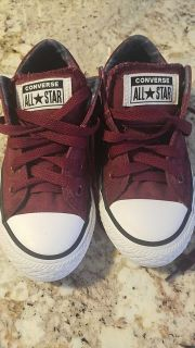 Brand new Boys Converse sneakers (12)