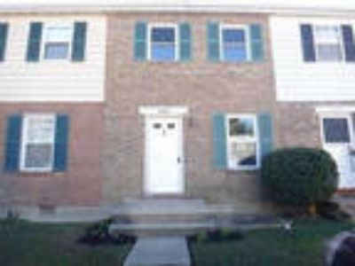 HUD Foreclosed - Townhouse/Condo in Severn