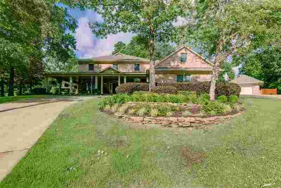 3 Elmwood Pl TEXARKANA Four BR, Awesome Home! Attention to