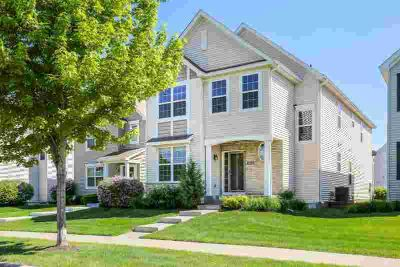 4910 Woodland Avenue SHAKOPEE Five BR, Former model home & the