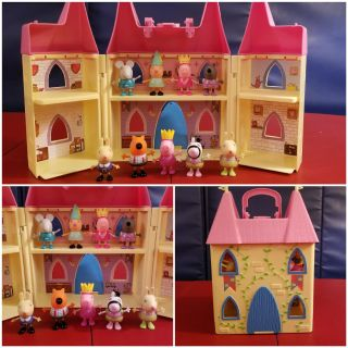 EUC! Peppa Pig Castle with 9 Figures!