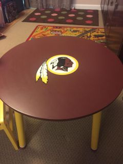Redskins table and chairs