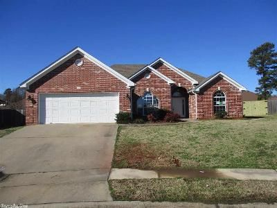 3 Bed 2 Bath Foreclosure Property in Benton, AR 72015 - Stonewall Dr