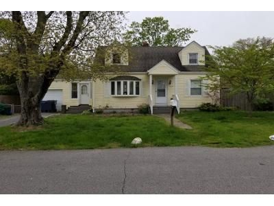 4 Bed 2 Bath Preforeclosure Property in Warwick, RI 02889 - Riverside Ave