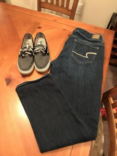 Sperrys and American Eagle jeans