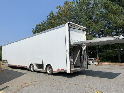 2005 Ultra Comp liftgate racing trailer