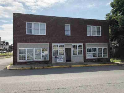 26 E 4th Street Watsontown, 7 Unit Investment Property in .