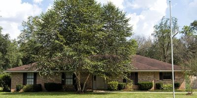 4 Bedroom Ranch Style Home on Almost 2 Acres in Semmes, AL!